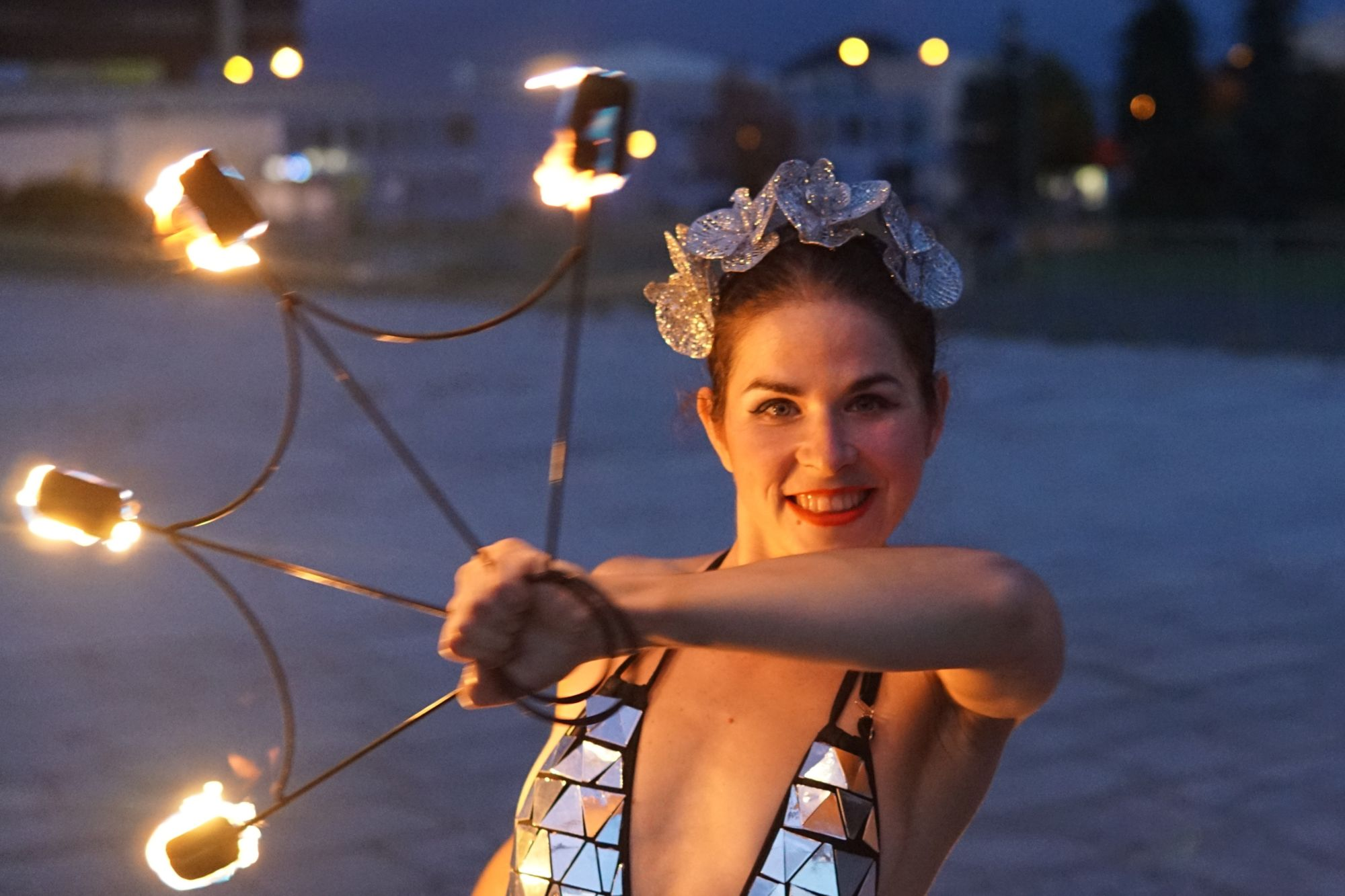 Fire dance - fire show - taneční vystoupení - Rinas Company